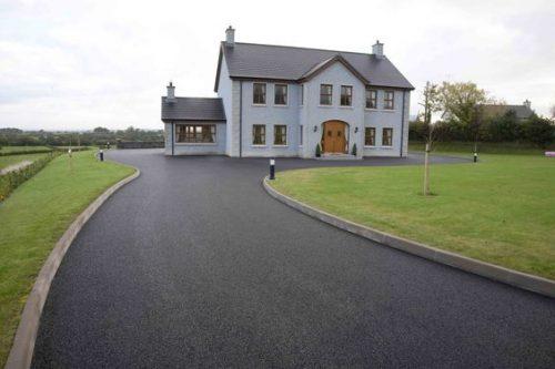 Clean and Modern Tarmac Driveways Idea